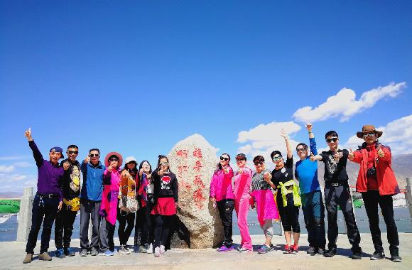拉萨+林芝冰湖、雅鲁藏布大峡谷+后藏日喀则7晚8日游